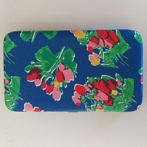 Handbags - Floral Clutch